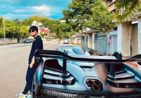 """盘点全球巨星的超级车,冠军帕奎奥居然""""看了"""""""