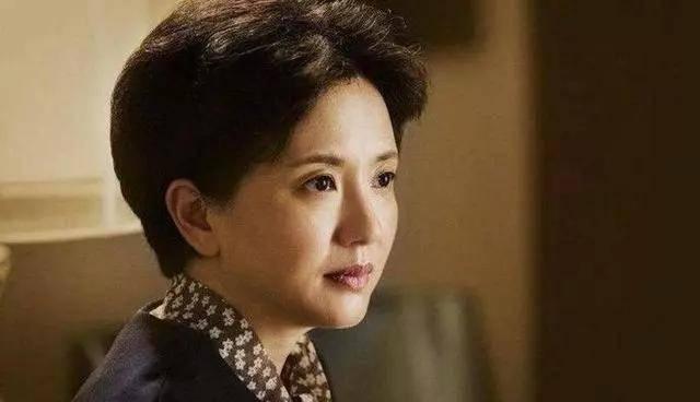 为爱守寡13年,从江南第一佳丽到母亲业余户,她的美从不败光阴(图2)