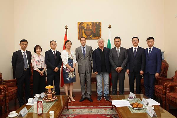 我院率成员单位北新建材赴保加利亚驻华使馆进行项目合作会谈