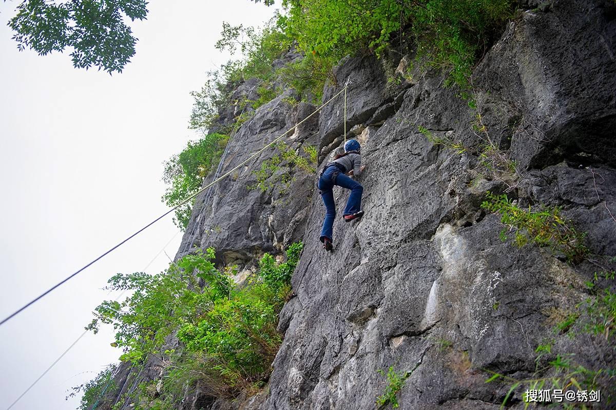 户外真山攀岩、溶洞探秘,去桂林度假就要这样玩