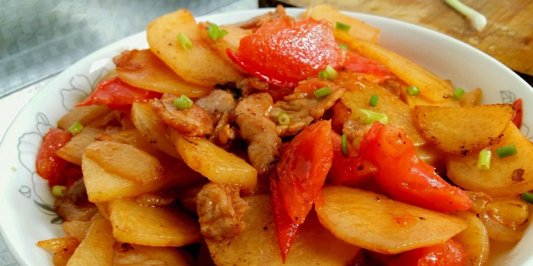 土豆有很多人爱吃,但土豆不能和它搭配,现在知道还不晚