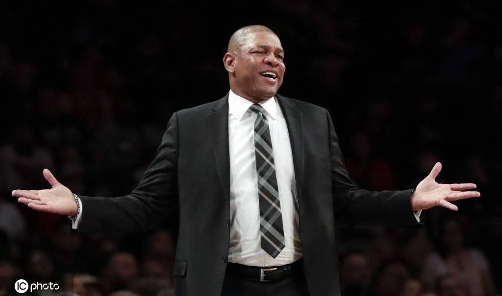 费城76人队更新官方推特,正式宣布道格-里弗斯成为球队新任主帅