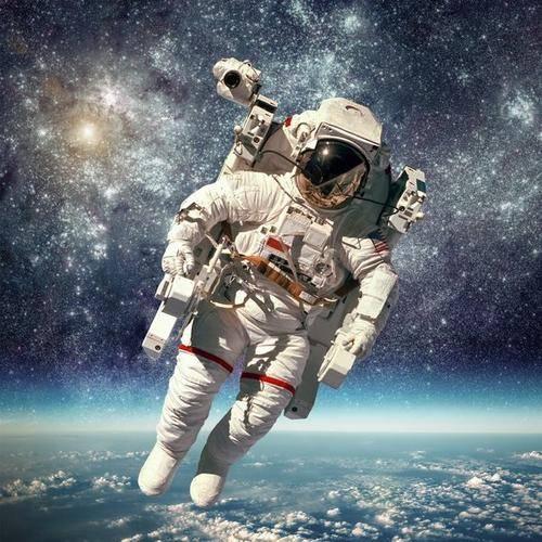 <strong>中国第三批预备宇航员已经被选拔出来操作空间站。</strong>