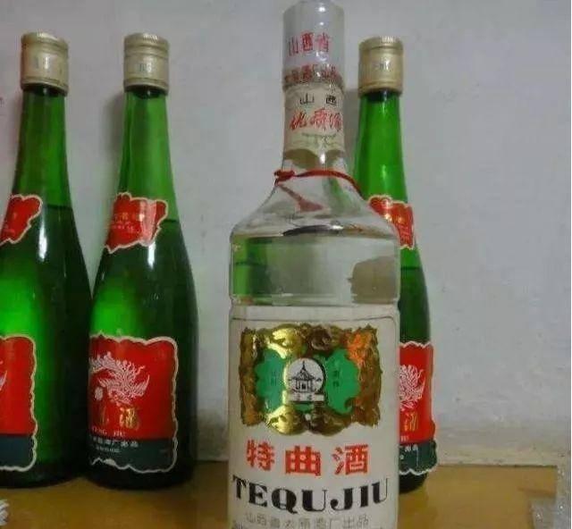 白酒越放越值钱?鉴酒师:这3种白酒放10年,一文不值!