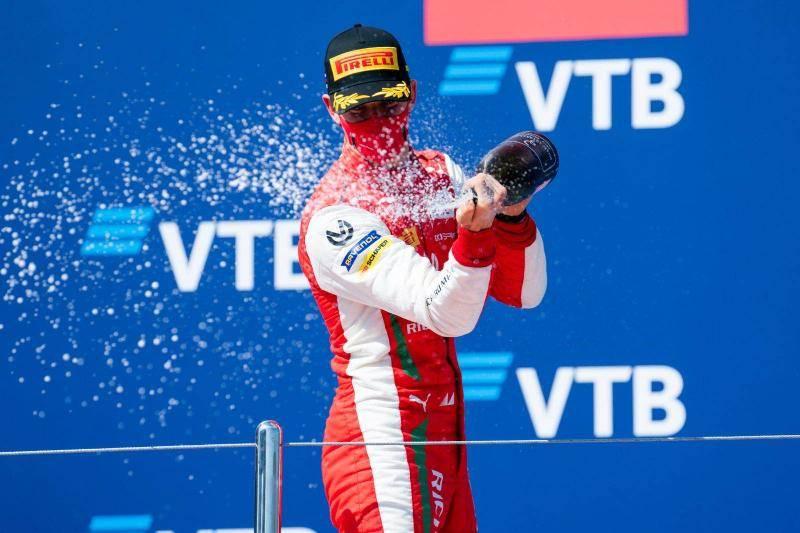 米克·舒马赫F1首秀因气候推延:想把父亲的纪录都拿回来