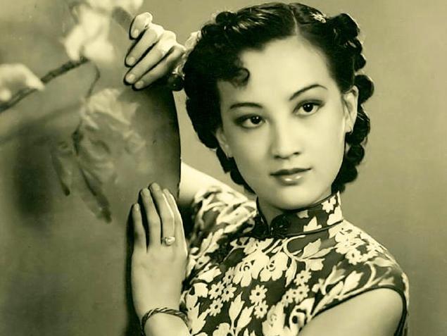 她曾经是上海最风光的女演员 她临死前含