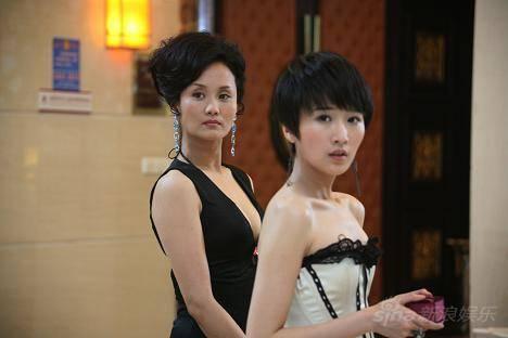 著名演员李颖,嫁富豪却为人低调,一双子女一个比一个厉害