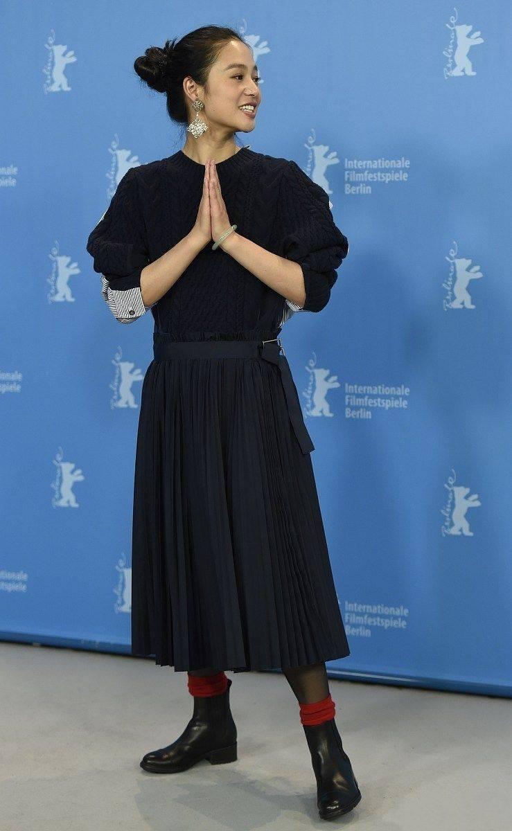 姜文老婆周韵走下神坛,成了最没气质的中年妇女!