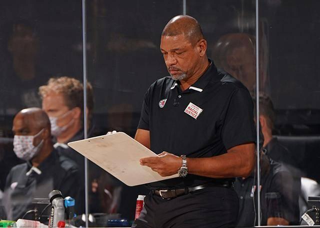 原创             泰伦卢出任快船主帅,组豪华教练团对抗湖人!换教练能解决问题?