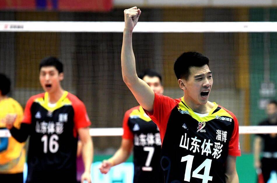 男排前队长留洋缺席全锦赛 北京五局险胜山东获开门红