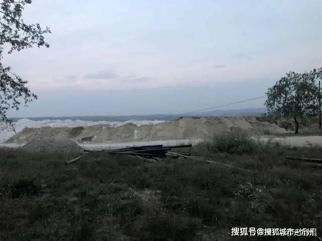 山西河曲无名白灰厂污染环境环保部门监管缺失