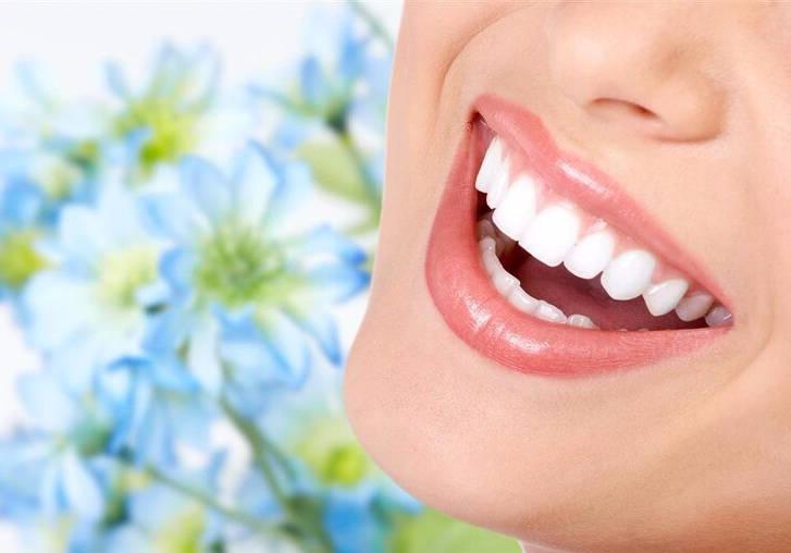 黄牙太重难开口,养成这些习惯,还你一口大白牙!
