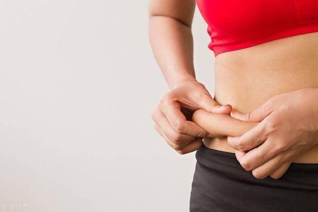 腰腹脂肪怎么减?4个方法降低内脏脂肪,恢复平坦小腹