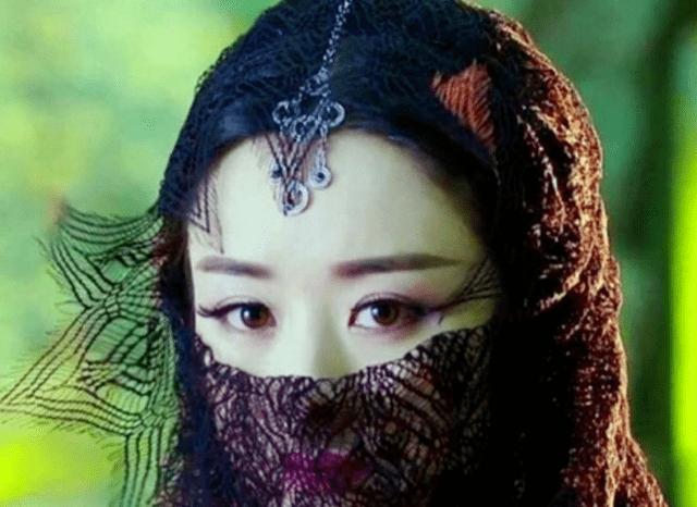 """""""蒙上面纱""""的四位女神,赵丽颖神秘,唐嫣惊艳,看到谭松韵:太绝了!"""