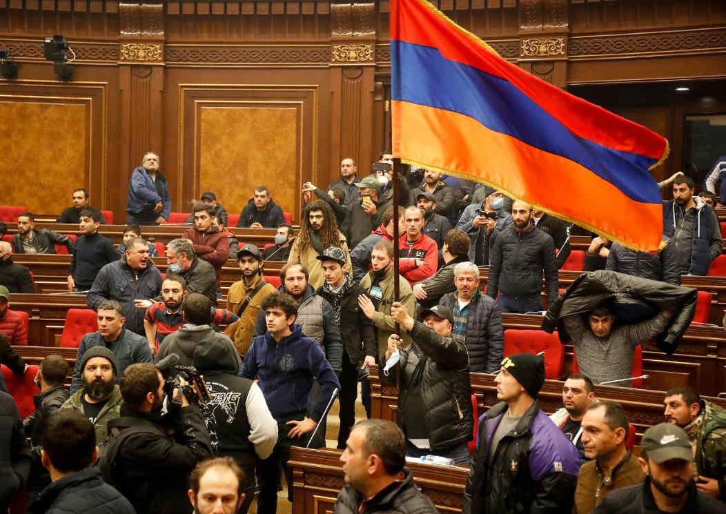 军事失败的亚美尼亚:缺乏自省与反思,充满愤怒与抱怨