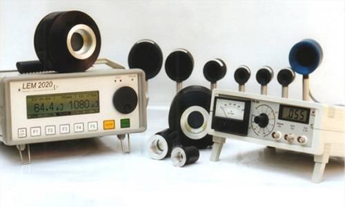 激光功率计的工作原理_点阵激光图片