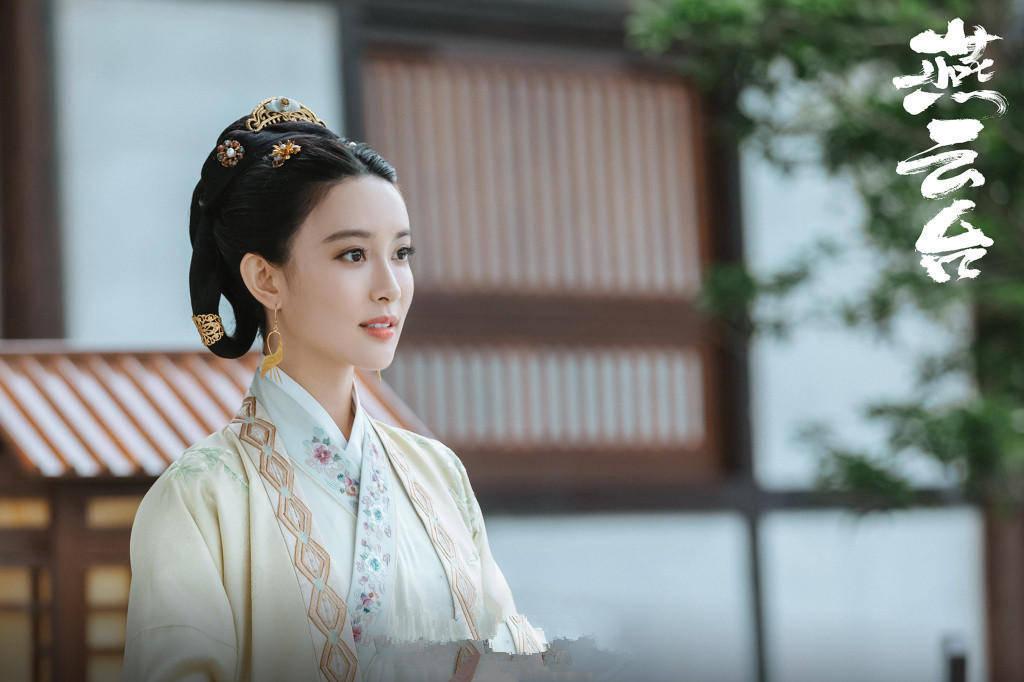 《燕云台》:异样扮演唐嫣的情敌,为何王楚然比孟子义受欢送?(图2)