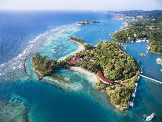 洪都拉斯罗丹岛,潜水爱好者的天堂,如今却满目疮痍
