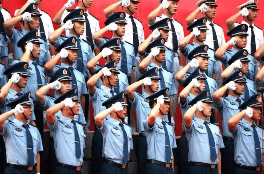 """中国消防救援学院很""""特殊"""",不是军"""