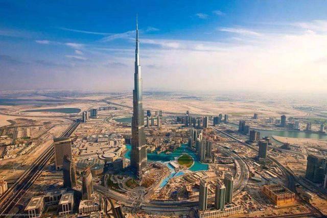 """""""眼馋""""迪拜之框,辽宁斥资1亿建生命之环,网友:有钱没处花?"""