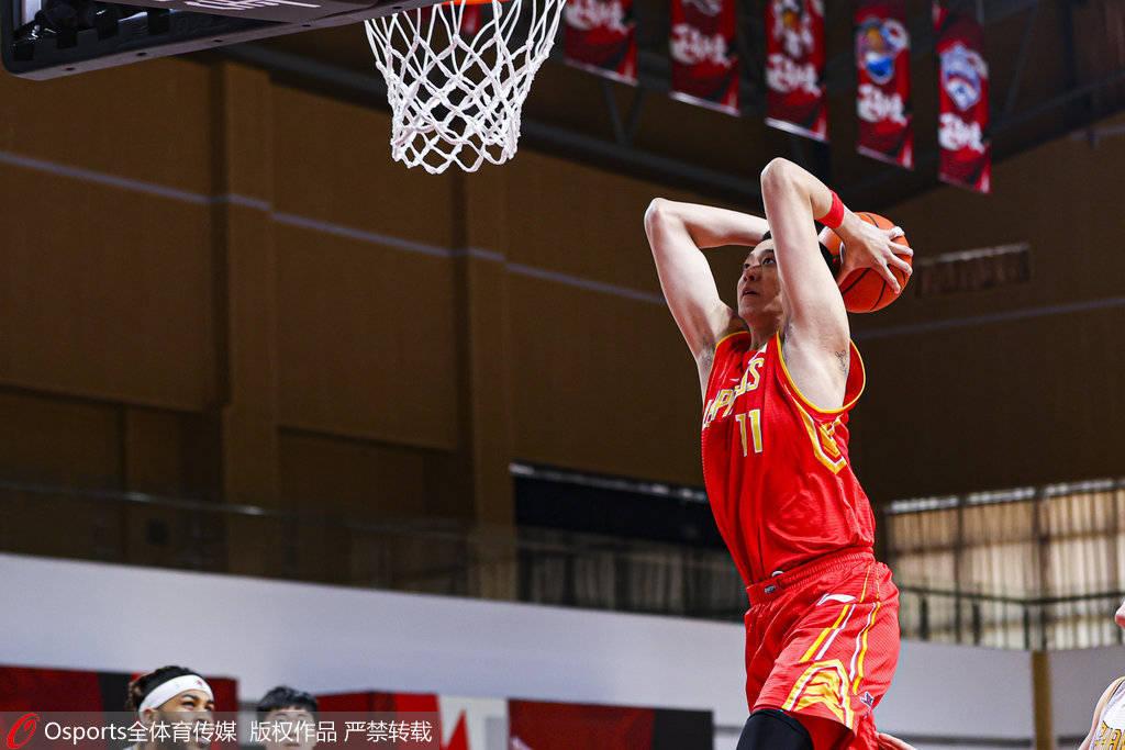 CBA常规赛继续进行,其间深圳队以98-87击败了山西队