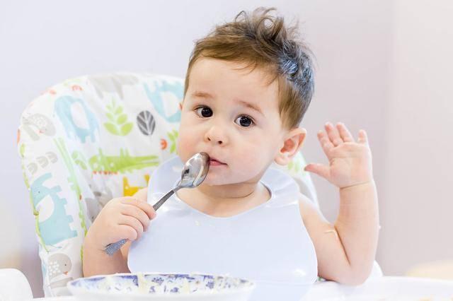 宝宝有没有积食,看脸就了解,这3个地方最诚实,不会说谎