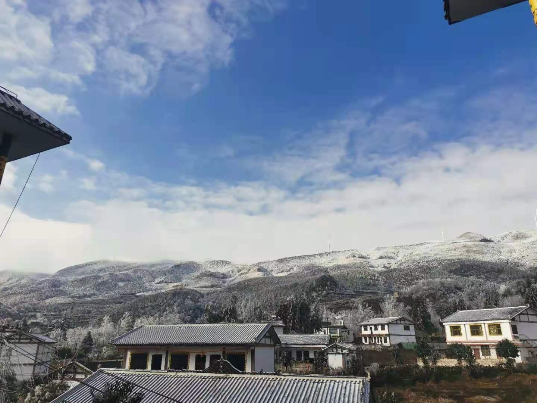 威宁板底雪后美景照震撼来袭,简直就是人间仙境