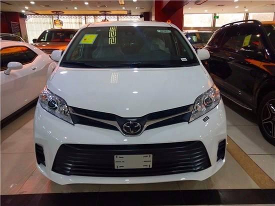天津港的20辆丰田塞纳报价在港口热度上实力非凡