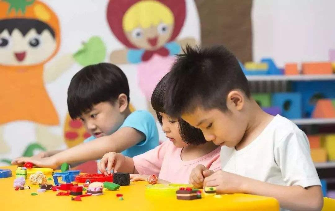 娃不愿去幼儿园,无外乎是这4点原因,虽是小事对孩子影响却很大