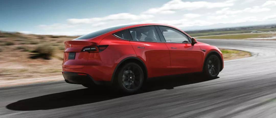 原厂特斯拉Y型大幅降价,轰动了汽车行业。中国品牌:让降价来得更猛烈些