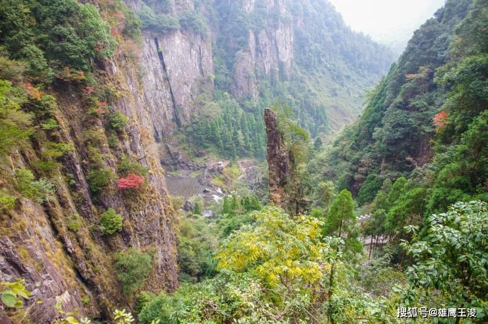浙江大山深处的5A景区,风景不逊色于雁荡山,被誉为中华第一高瀑