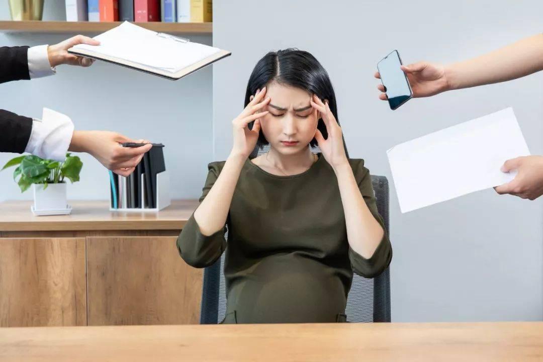 """孕早期,如果你是这些""""工种"""",那么为了胎儿健康,请尽早离职"""