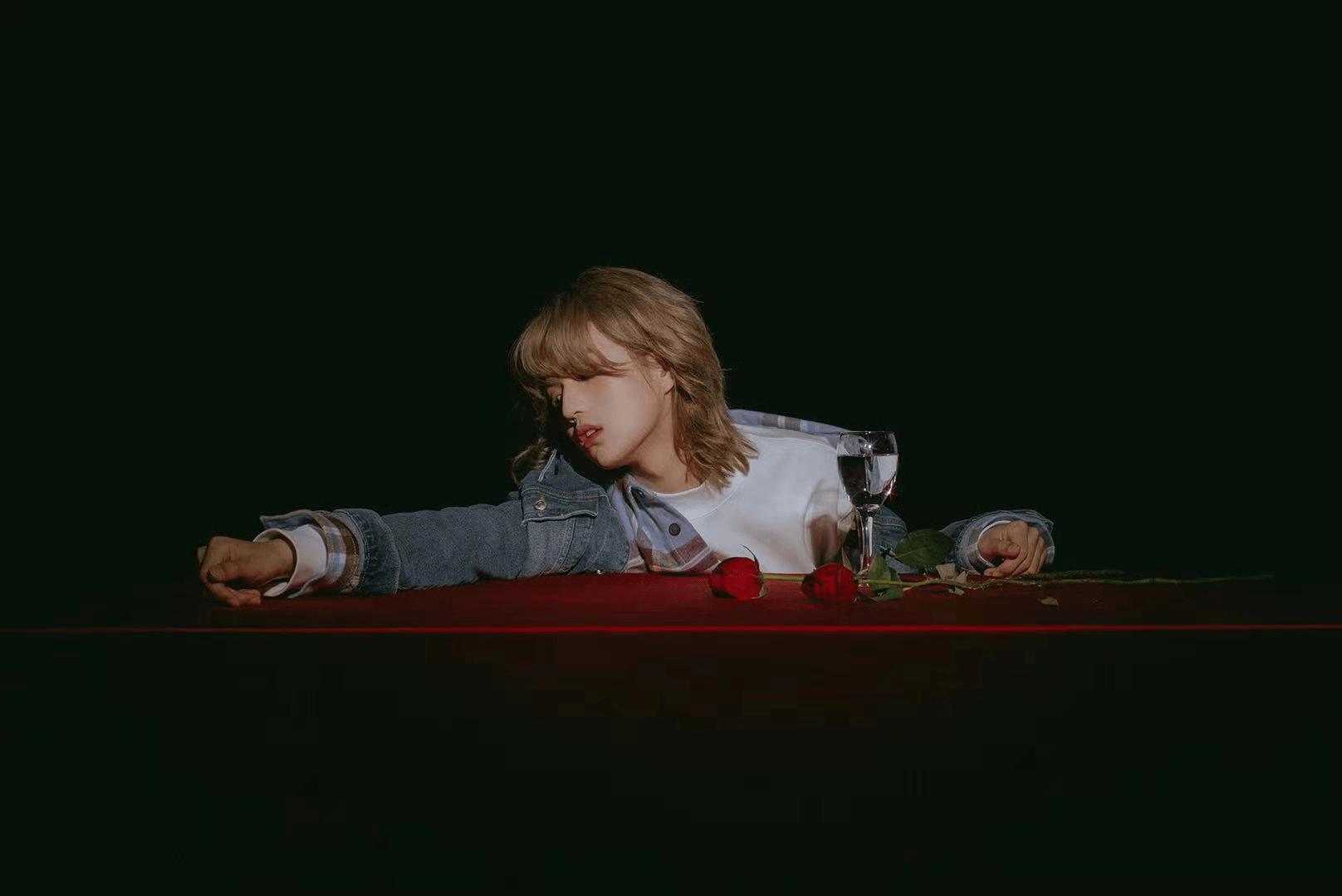 尹毓恪单曲《做贼》上线 谱写你的暗恋心事