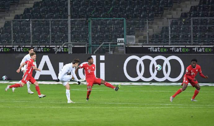 德甲第15轮完毕一场焦点战,成果拜仁在先入2球的情况下连丢3球