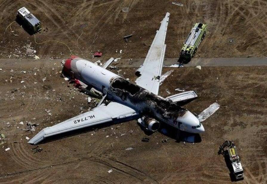 """为何国外航班那么容易""""坠毁""""呢?"""
