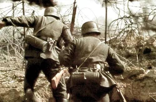 一名德军士兵的战地日记:现在,可用的重机枪只剩下我这挺了