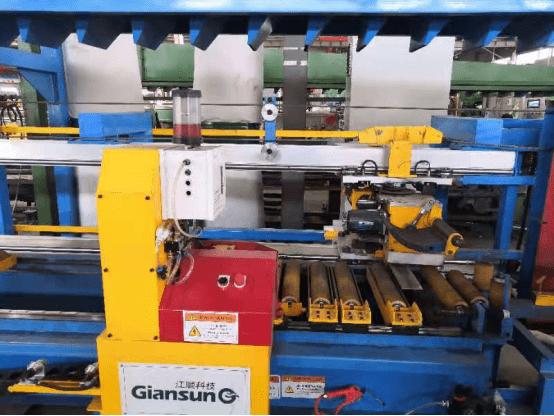 安徽鑫铂铝业引进新设备 产品质量更稳定