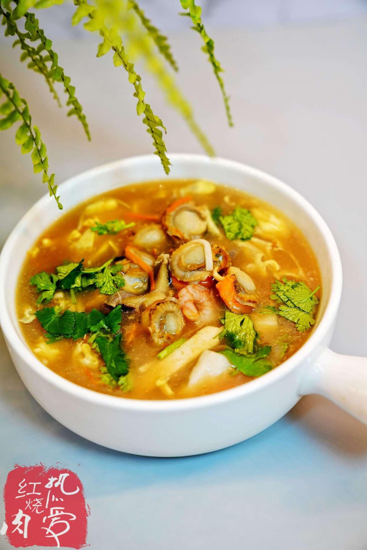 我家冬天最爱喝这汤了,又酸又辣喝完出身汗,既能开胃还增进食欲