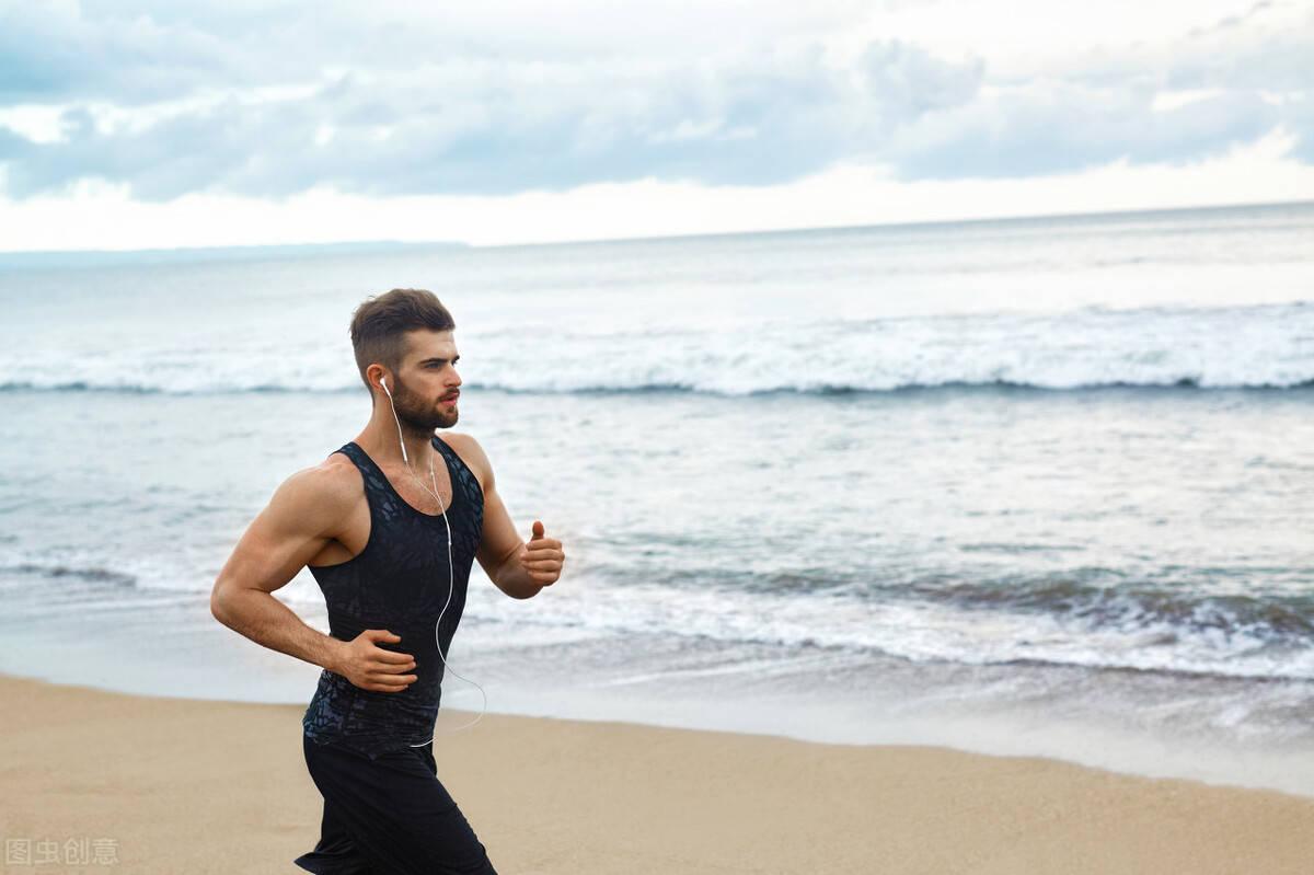 长期跑步训练的人,除了身材瘦下来,你还会获得什么收益呢?