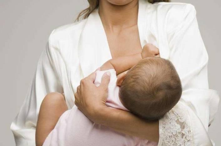 宝妈自己没奶,可以让宝宝吃别人的奶吗?这3点很重要!