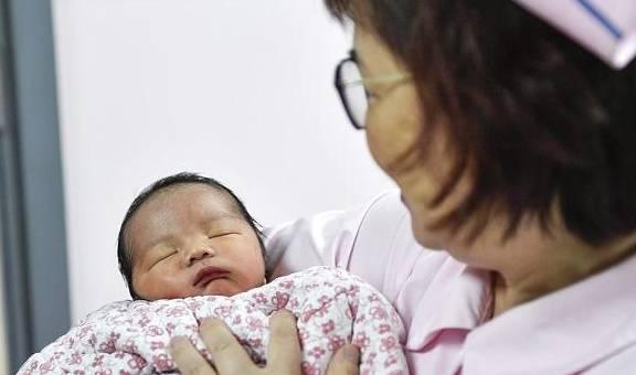 女人生二胎的最晚年龄是多少岁?看看想生二胎的你超龄了吗?