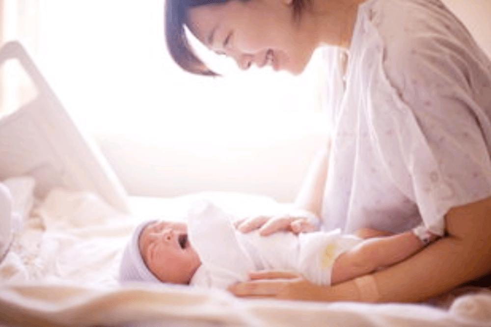 """产后想要恢复好,坐月子衣服穿戴也有""""讲究"""",对宝妈和宝宝都好"""