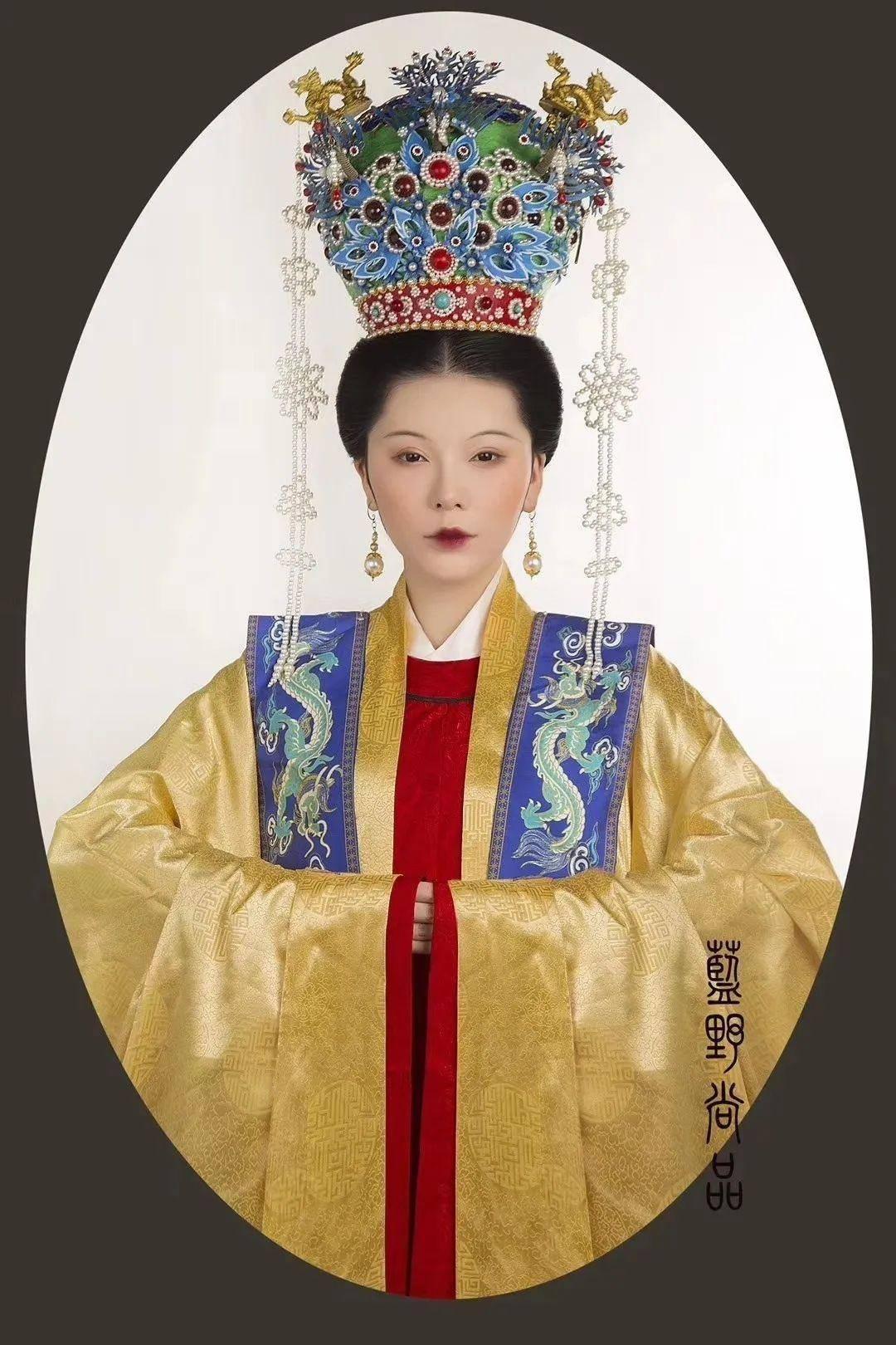 古代皇后凤袍图片