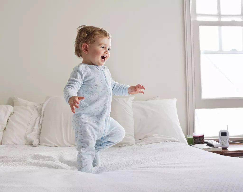 『危害』有90%的宝宝穿早了!,孩子过早穿鞋危害大