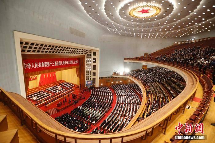 李克强:建立健全特别行政区维护国家安全的法