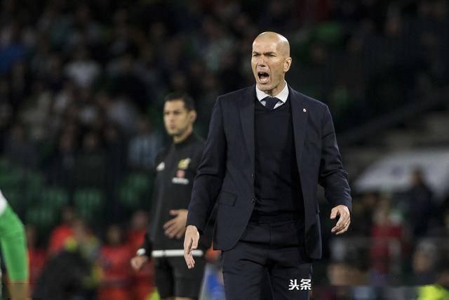 西甲复赛后4轮巴萨都在皇马前踢,皇
