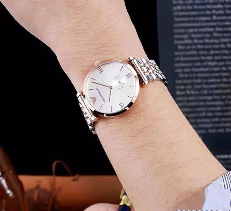 阿玛尼柜姐坦言:官网3000的腕表,我们八百块拿下,假一罚三,专柜气到关门!