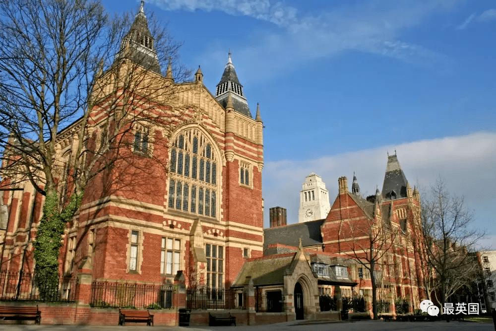 唐顿学姐侃名校| 艺术商科结合新模式,英国百强名校热门专业