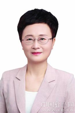 杨文英当选上饶市政协主席熊孙魁当选副主席(图 简历)