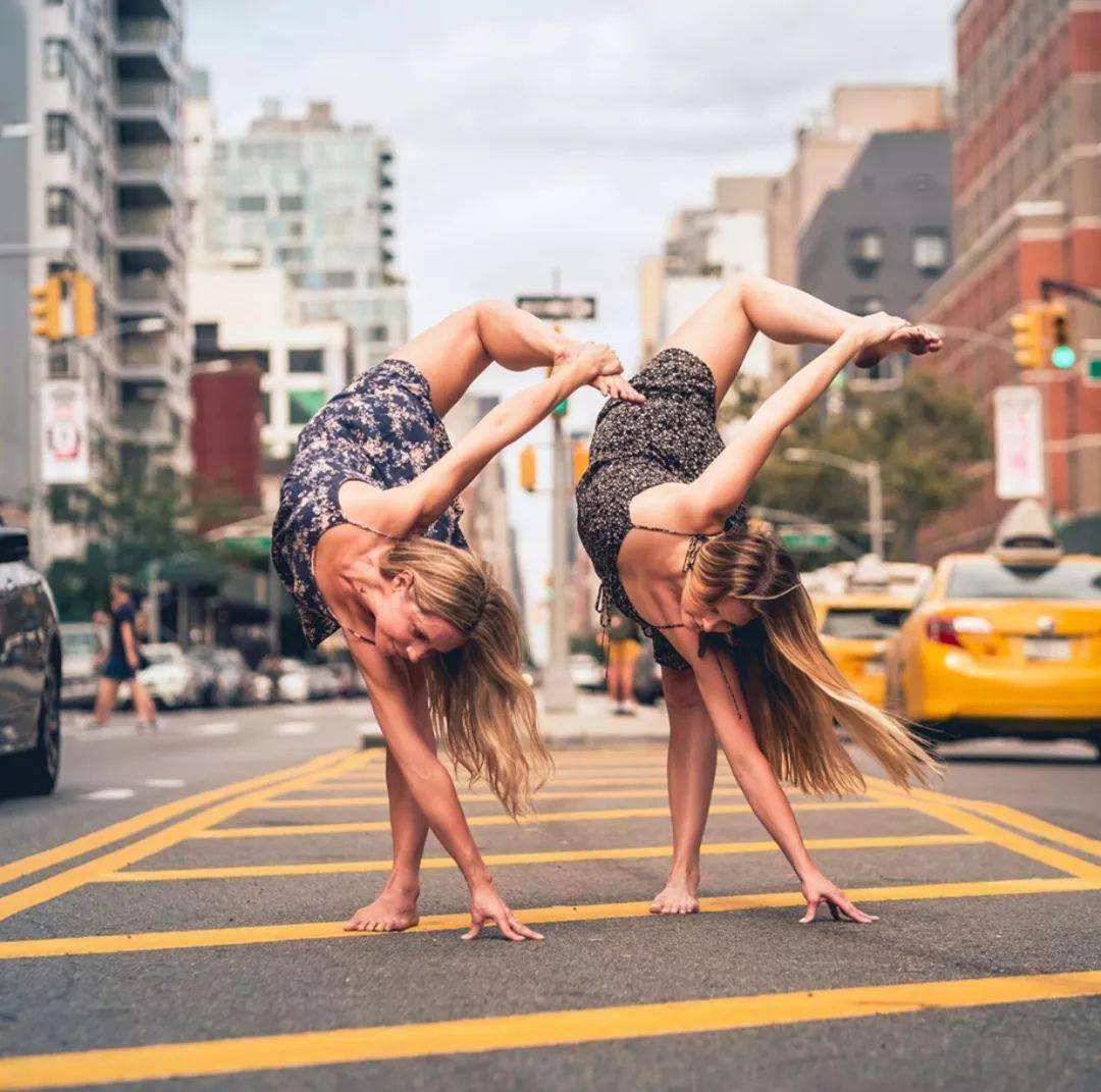 不知道双人瑜伽照怎么拍?收藏这篇文章就够啦! 减肥窍门 第19张